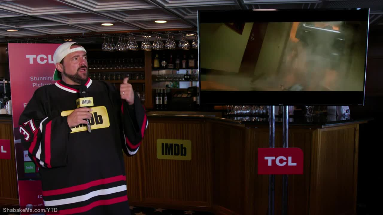 (Kevin Smith Checks Out Comic-Con's Hottest Trailers)
