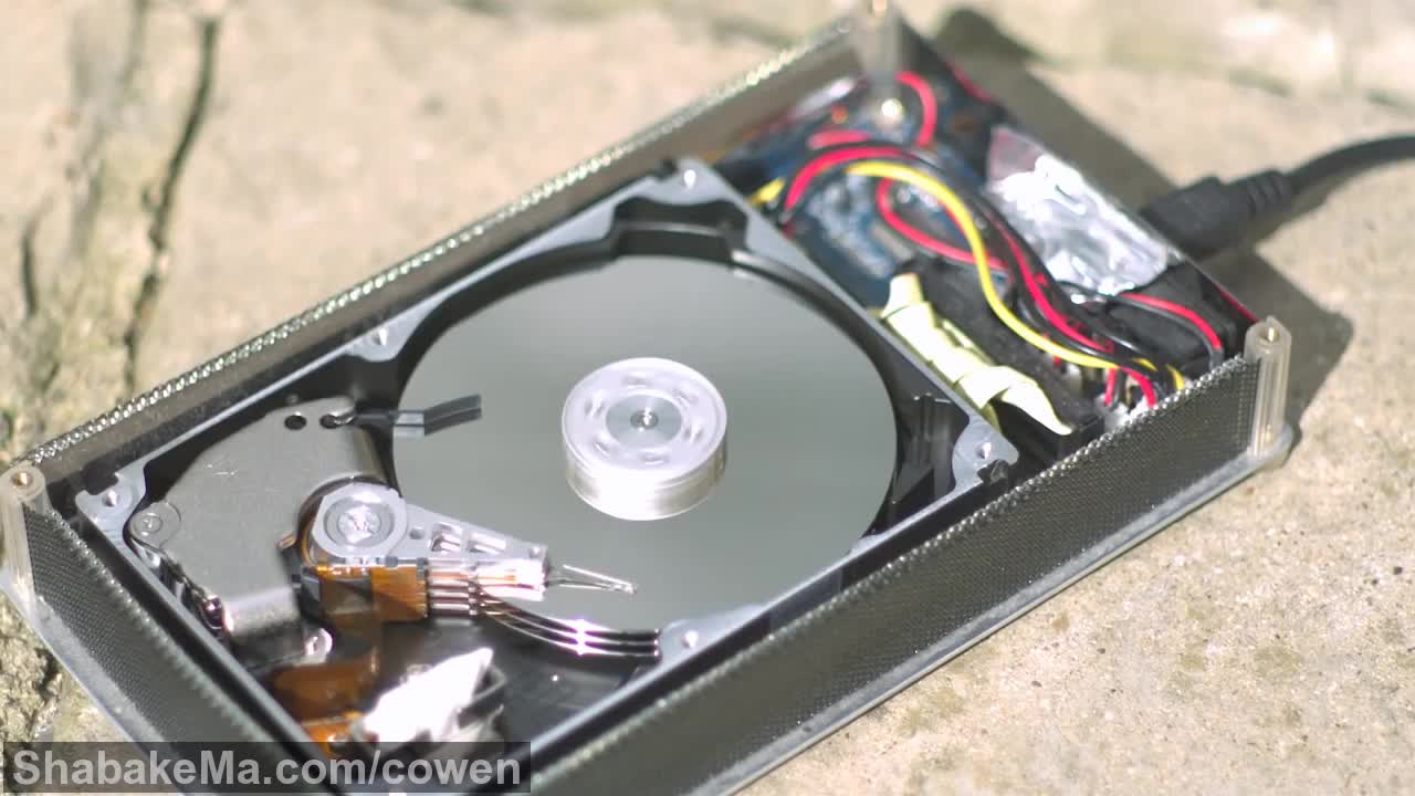 اسلوموشن دیدنی : How a Hard Drive works in Slow Motion - The Slow Mo Guys