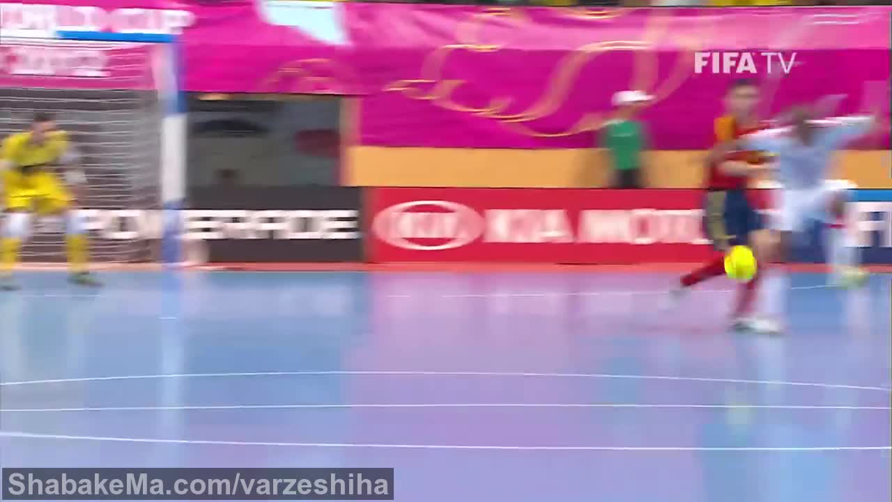 مسابقه فوتسال : Spanish Futsal legend Kike says goodbye