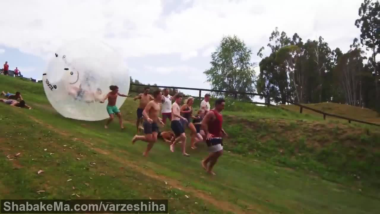 ورزش زوربینگ : Zorb ball sur une colline - ZORBBALL.FR