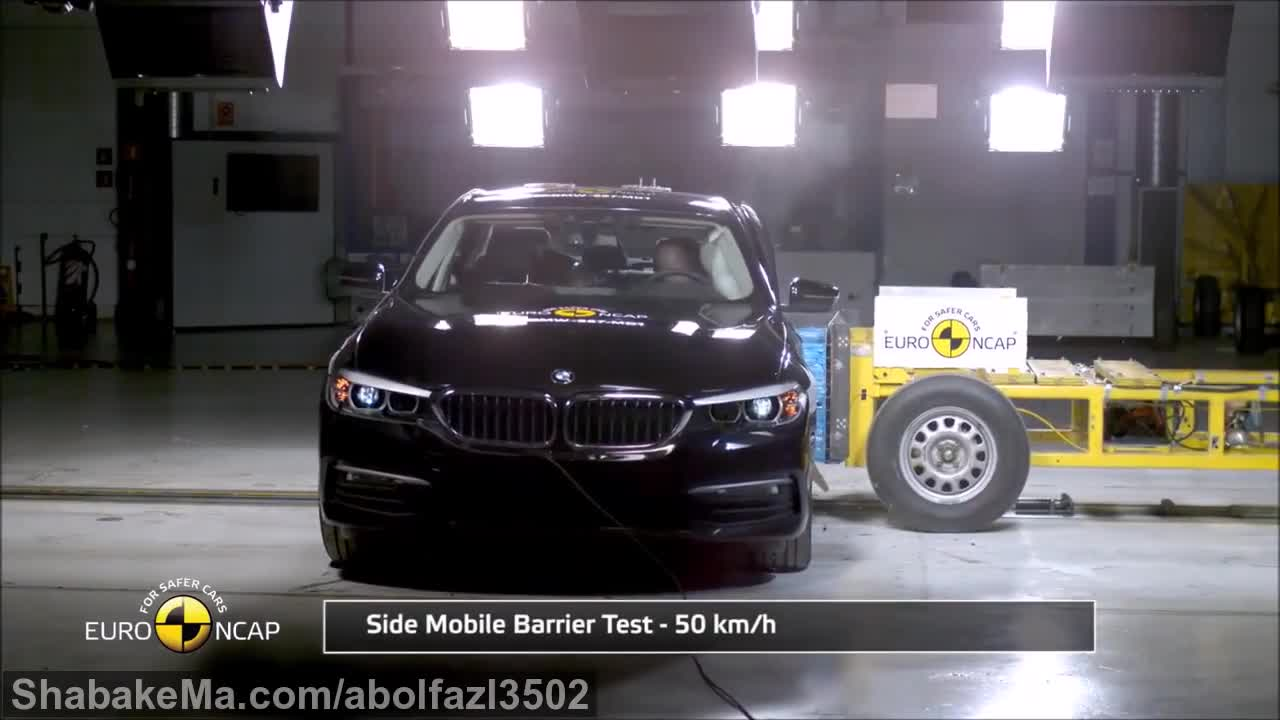 2017 BMW 5 Series - Crash Test.mp4